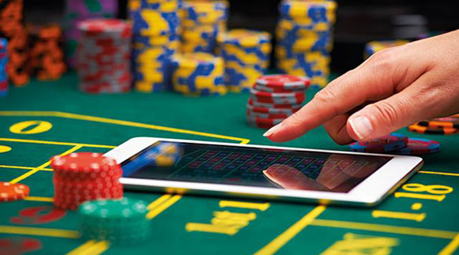 Surprising of Advantages of Online Casinos Over Land-Based Casinos